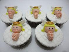 Cupcake Batizado - Anjinho - Conqualita Cestas - Para fazer pedidos ou mais informações por e-mail conqualita@conqualita.com.br ou fone (51) 3356.1422