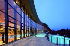 Skiurlaub in Österreich; die besten Wellness Hotels in Österreich Bad Mitterndorf, Hotels, Austria, Sidewalk, Spa, Ski Resorts, Ski Trips, Side Walkway, Walkway