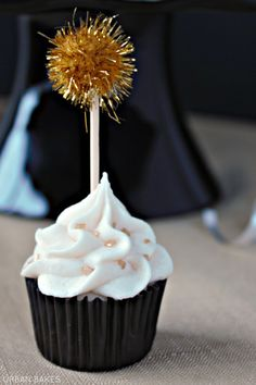 May not be made with wine but it's alcohol infused!  Mini Champagne Cupcakes | URBAN BAKES