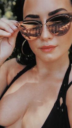 How Demi Lovato is living her best life after rehab – Celebrities Woman Demi Lovato, Selena Gomez, Woman Crush, Most Beautiful Women, Cosplay, Actresses, Queens, Beauty, Sandy Johnson