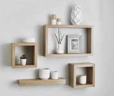 5 Incredible Useful Ideas: Floating Shelves Kids Changing Tables floating shelves over toilet.Floating Shelves Bathroom How To Build. Decor, Living Room Decor, Floating Shelves Diy, Trendy Living Rooms, Shelves, Floating Cube Shelves, Room Diy, Shelf Decor, Cube Shelves