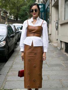 Cara Pakai Kemeja Putih Agar Lebih Stylish Seperti yang Sedang Tren di Paris