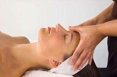 Uma massagem de relaxamento e hidratação na Sentidos. Venha experimentar!!