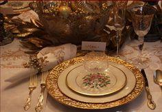 Golden Royalty Christmas Tablescape