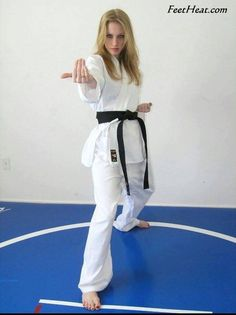 Ideas that will help you Improve Your own being familiar with of martial arts Female Martial Artists, Martial Arts Women, Judo, Marshal Arts, Karate Girl, Beautiful Young Lady, Female Fighter, Action Poses, Female Feet