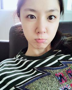 Seo Ji Hye, Dinner, Face, South Korea, Girls, Dining, Food Dinners, Faces, Facial