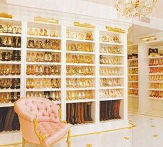 Cabina armadio, focus scarpe
