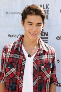 Seth Clearwater // reminds me a little of Roma's brother, should have blue hair, though