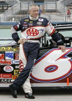 Mark Martin...one of Nascar's most well liked and respected drivers. This is a sports figure who you would want your children to admire and look up to. He hasn't driven the #6 in years...but that is the number he drove when I first became a fan of his.