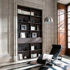 Elegant tilpasning! Vi leverer på millimetermål Schmidt, Shelving, Bookcase, Elegant, Home Decor, Dapper Gentleman, Homemade Home Decor, Shelves, Shelf