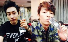 "Super Junior M's Eunhyuk and Donghae Proudly Show Their Trophies For ""Swing"""