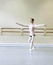 ZsaZsa Bellagio – Like No Other: Behind the Scenes: Ballet Beautiful Ballet Gif, Ballet Dancers, Dance Like No One Is Watching, Just Dance, Ballet Class, Dance Poses, Ballet Photography, Ballet Beautiful, Dance Pictures