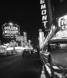 How to Experience Vegas Like a Gentleman