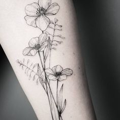 botanical flower tattoo by Frauke Katze