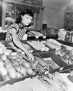 Anna May Wong at Chew Yuen Grocery Store, Los Angeles CA Chinatown 1940s