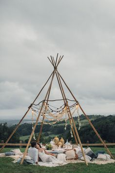 {Styled Shoot} At Dusk // bohemian romance, naked tipi + eclectic tablescape ~ Styled by The Events Lounge // www.theeventsloun...