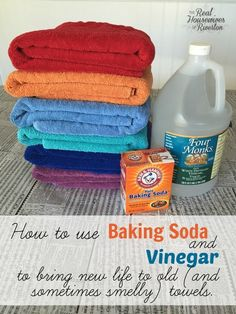 How to Clean Towels and Get Them Really Clean with Baking Soda and Vinegar - Housewives of Riverton Deep Cleaning Tips, House Cleaning Tips, Cleaning Solutions, Spring Cleaning, Cleaning Hacks, Cleaning Wipes, Laundry Solutions, Cleaning Schedules, Cleaning Products