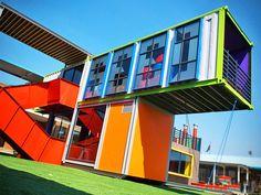 La bibliothèque SEED par l'agence d'architecture AOJ,architects of justice Shipping Container Conversions, Shipping Container Buildings, Shipping Container Homes, Shipping Containers, Container Shop, Container Design, Container Houses, Container Architecture, Eco Architecture