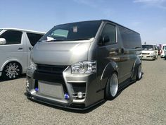 Luxury Rv, Toyota Hiace, Cool Vans, Rising Sun, Chicano, Camper Van, Van Life, Custom Cars, Cars And Motorcycles