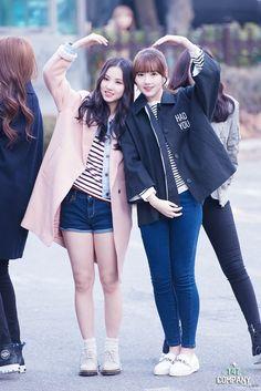 G-Friend Eunha and Yerin Kpop Fashion, Korean Fashion, Girl Fashion, Womens Fashion, Airport Fashion, South Korean Girls, Korean Girl Groups, Music 2015, J Hope Tumblr