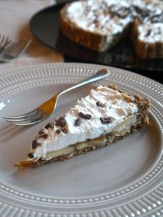 Annie's Hungry: Raw Banoffee Pie The base of this is different and the use of tahini with dates for the caramel is defo worth a look.