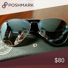 16a9a3a17e3 Ray-Ban Aviators Polarized Sunglasses Ray-Ban Aviators Polarized Sunglasses  mirrored lenses Ray-Ban Accessories Glasses
