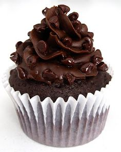 Dollhouse Bake Shoppe: Triple Chocolate Truffle Cupcakes {Small Batch - Yield: 8}