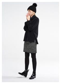 Damen Outfit Rock Kombination von OPUS Fashion  schwarze Mütze, schwarzer  Pullover, schwarzer Rock 951e9e1b93