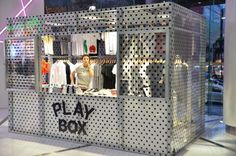 PLAY COMME des GARCONS display - Google 검색