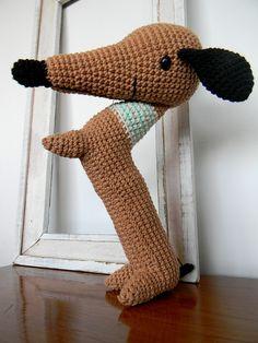 """roberto, salchicha by pica - pau, via Flickr"" #crotchet #animals #toys #crotchetanimals Crotchet Animals Must make!"