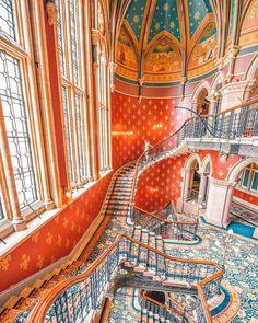 Pancras Renaissance Hotel London United Kingdom InformationAddress:Euston Rd, Kings C. Hotels In Bangkok, Lux Hotels, London Hotels, Boutique Hotels, Resorts, Renaissance Hotel, London Instagram, Great Hotel, Stairways