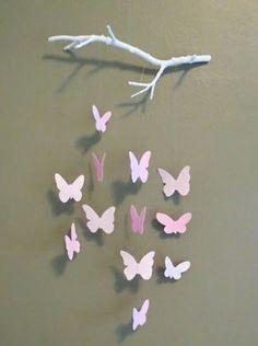 Bastelideen aus Papier - Blumen, Girlanden und Türkränze Butterfly Mobile (with tutorial!)Butterfly Mobile (with tutorial! Kids Crafts, Home Crafts, Diy And Crafts, Diy Paper Crafts, Diy Crafts For Room Decor, Art And Craft, Baby Crafts, Paper Butterflies, Paper Flowers