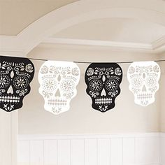 black white skull garland 365m day of the dead halloween party decoration - Day Of The Dead Halloween Decorations