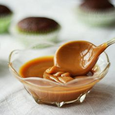 This is a deep, rich and perfectly thick caramel sauce that is perfect to use over Date Muffins or any recipe that could use a Caramel Dip. Homemade Caramel Sauce, Caramel Recipes, Caramel Dip, Just Desserts, Delicious Desserts, Yummy Food, Yummy Appetizers, Dessert Sauces, Dessert Recipes