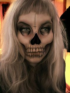 Amazing Skeleton makeup - the details around the eyes and mouth is cray!