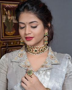 Jeweled Blouse designs for Sarees Jeweled Blouses are trendy nowadays with a lot of creativity hitting this year. I have already posted different var… Blouse Designs High Neck, Neck Designs For Suits, Fancy Blouse Designs, Bridal Blouse Designs, Designs For Dresses, Churidar Neck Designs, Kurta Neck Design, Saris, Blouse Designs Catalogue