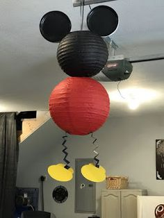 Mickey Mouse Paper Lanterns – see the step by step directions to make these easy decorations. Mickey Mouse Paper Lanterns – see the step by step directions to make these easy decorations. Mickey Mouse Crafts, Fiesta Mickey Mouse, Mickey Mouse Decorations, Mickey Mouse First Birthday, Theme Mickey, Mickey Mouse Baby Shower, Mickey Mouse Clubhouse Birthday Party, Mickey Mouse Parties, Easy Decorations