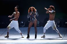 There's the moment when the lights come back up and Les Twins are twirling around Her.