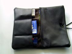 Leather Bag, Messenger Bag, Smoking, Pouch, Pocket, Jeans, Stuff To Buy, Inspiration, Accessories