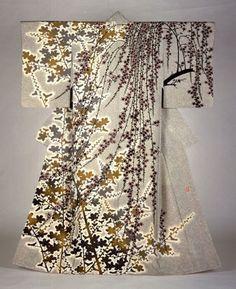 Kimono, Flowers Moriguchi Kakō (1909–2008) Shōwa Period, 1983 Yuzen style dyed, silk The Museum of Modern Art, Shiga