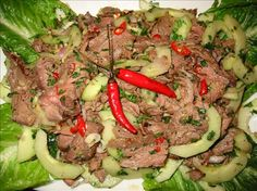 Yum Nua - Thai Beef Salad Recipe (used 1 t less fish sauce, added some sliced peppers, barbecued 2 NY strips--new favorite) Asian Recipes, Beef Recipes, Cooking Recipes, Healthy Recipes, Thai Recipes, Laos Recipes, Entree Recipes, Recipies, Dinner Recipes