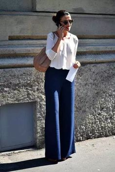 Starting to like flair jeans hmm soon to be closet wide pants outfit, fa Mode Outfits, Fall Outfits, Casual Outfits, Fashion Outfits, Womens Fashion, Navy Pants Outfit, Navy Blue Pants, Workwear Fashion, Work Fashion