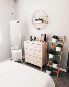 40 Minimalist Bedroom Ideas: Bohemian Minimalist With Urban Outfiters Bedroom Ideas 1 Dream Bedroom, Home Bedroom, Modern Bedroom, Bedroom Inspo, Bedroom Corner, Bedroom Ideas Minimalist, Ikea Bedroom Design, Trendy Bedroom, Minimalist Decor