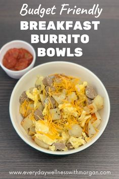 Breakfast Burrito Bowls - These breakfast burrito bowls are so simple to make and they won't break the bank! This budget fr - Healthy Recipes On A Budget, Healthy Dinner Recipes, Healthy Food, Quick Family Dinners, Quick Easy Meals, Frugal Meals, Budget Meals, Burrito Bowls, Meal Prep For The Week