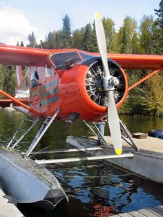 Vintage Helicopters Beaver on Sea Plane, Float Plane, Aviation World, Civil Aviation, Image Avion, Amphibious Aircraft, Bush Plane, Flying Boat, Old Planes