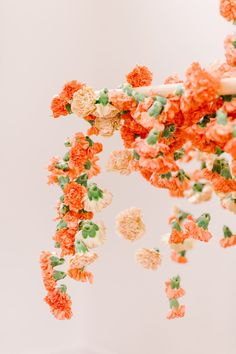 This Modern Floral Chandelier Will Have You Dreaming in Carnations ⋆ Ruffled Magenta Wedding, Orange Wedding Colors, Floral Wedding, Winter Wedding Flowers, Wedding Flower Decorations, Decor Wedding, Hanging Flowers, Art Flowers, Country Garden Weddings