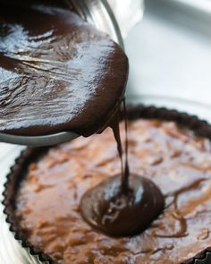 chocolate and dulce de leche tart