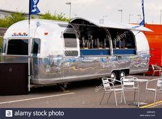 airstream-caravan-converted-to-mobile-bar-D9RGF0.jpg (1300×956)