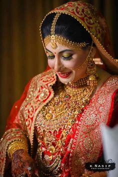 Exclusive: Eruma Saani Fame Harija Gets Married! Hair Puff, Bridal Style, Getting Married, Captain Hat, Wonder Woman, Indian, Superhero, Bridal Fashion, Gold Jewellery