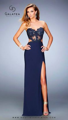 Shop prom dresses and long gowns for prom at Simply Dresses. Floor-length evening dresses, prom gowns, short prom dresses, and long formal dresses for prom. Short Semi Formal Dresses, Formal Evening Dresses, Formal Gowns, Evening Gowns, Formal Prom, Navy Prom Dresses, Strapless Dress Formal, Prom Gowns, Glam Dresses